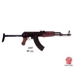Fucile AK-47 con testata pieghevole